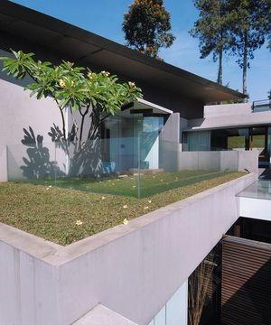 roof garden minimalis