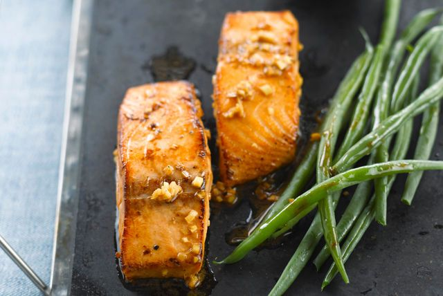 Vous cherchez une recette de poisson facile à faire? Pourquoi ne pas essayer celle-ci qui regorge de savoureux parfums asiatiques?