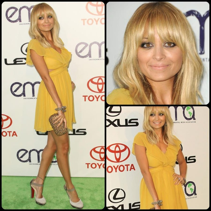 too cute: Nicole Richie Red Carpet, Celeb Styles, Carpet Dresses, Front Bangs, Celebrity S Celebrity Styles, The Dresses, Keepsake Dresses, Mustard Yellow, Celebrityscelebr Styles