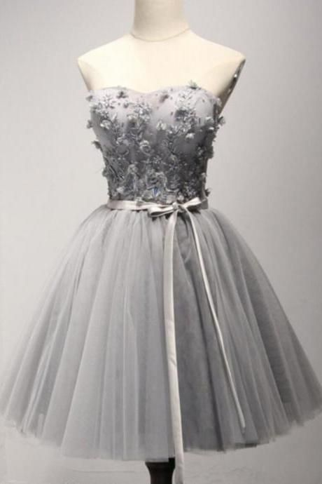 Light Gray Homecoming Dress Sweetheart Hand-Made Flower Short Prom Dress Party Dress,Strapless Tulle Appliqued Homecoming Dress with Belt,H100
