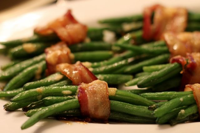 Green Beans with Bacon and Brown Sugar. Perfect side dish. will go great with my prime rib roast