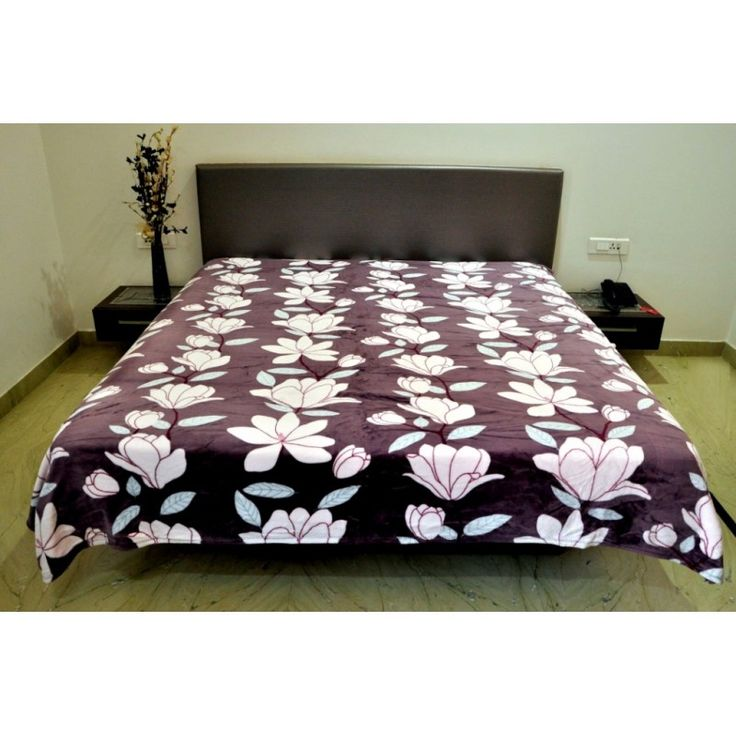 Valtellina Flower With Leaves Design Single Bed #Blanket #onlineshopping		http://goo.gl/LwRnNc