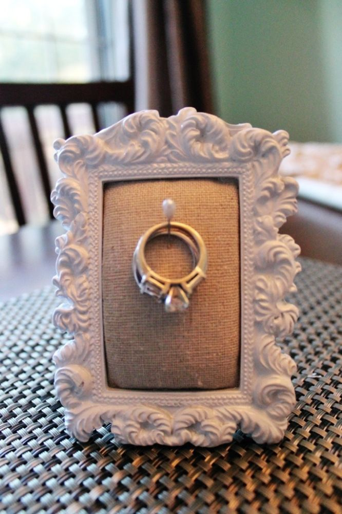 DIY: Ring Holder Frame Ah, ha! This is what I can do for the kitchen or bathroom since I don't have a ring tree