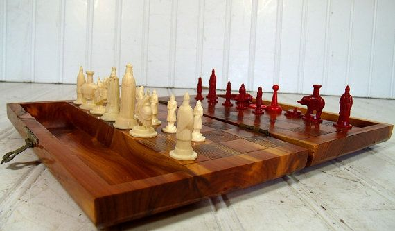 Vintage chess board in wooden travel case with red ivory medieval chess men set folding - Chess board display case ...
