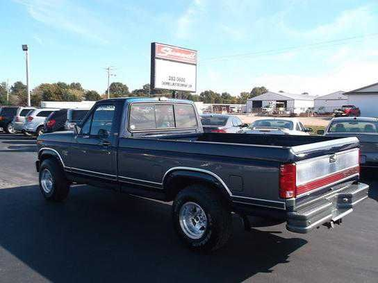 1985 FORD F150 for Sale in RED BUD, IL - $9999.00