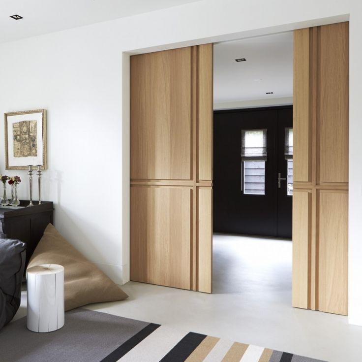 Een mooie stijldeur voegt niet alleen iets toe aan het interieur. Hij maakt een huis ook spannend. Wat zit erachter? De deur als belofte van goede smaak. De stijldeuren van Bod'or openen daarvoor e…
