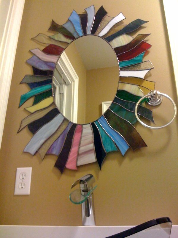 Another pinner's friend Charlie made this stained glass mirror for his guest bath.  LOVE!!!