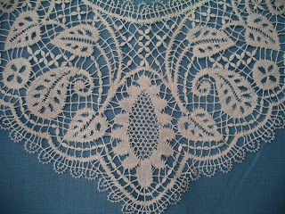 Bedfordshire lace collar. This is my favorite type of bobbin lace.