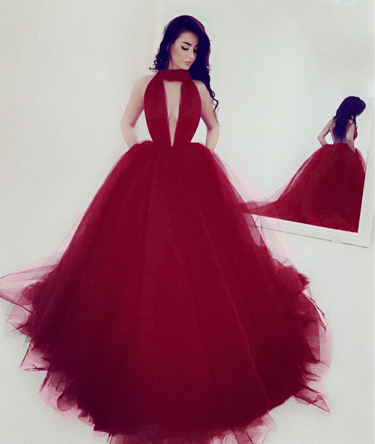 Chic Maroon Tulle Ball Gown Prom Dresses With Halter Neck,Fantastic Dress!