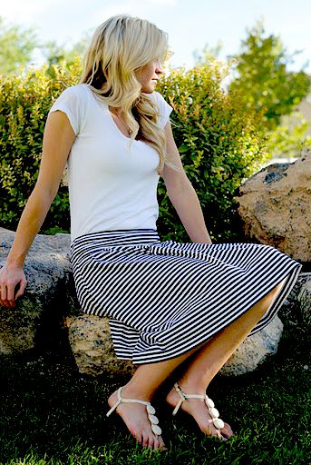 Socialite skirt pattern: Socialit Skirts, Skirts Tutorials, Stripes Skirts, Summer Skirts, Sewing Ideas, Skirts Patterns, Sewing Tutorials, Cute Skirts, Sewing Patterns