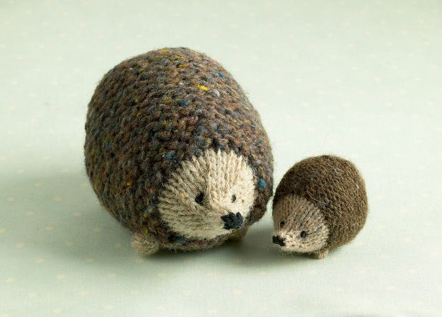 Mama and Baby Hedgehogs | 20 Adorable Handmade Stuffed Animals You Need To Hug Right Now