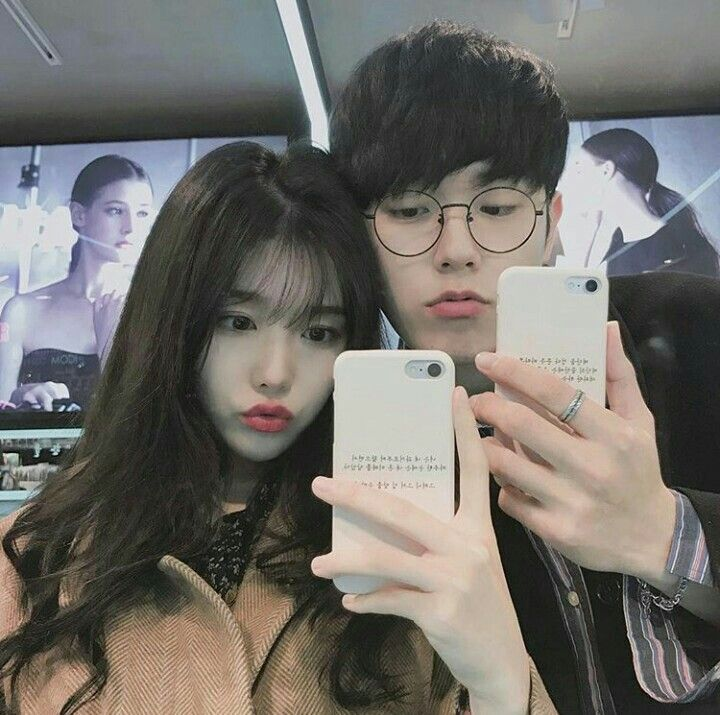 Cute couple instagram: @dear.paeony