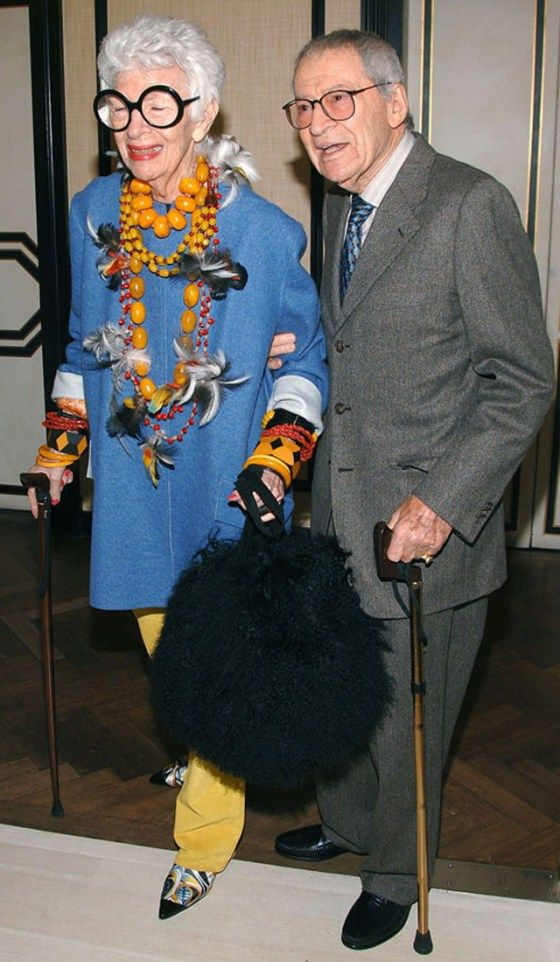 <0> Legendary tastemaker, fashion and style icon Iris Apfel with her husband, Carl.