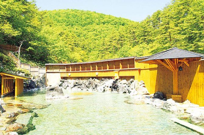 全国の人気温泉地ランキング2位!草津温泉の魅力が気になる!【群馬】   エンタメウィーク