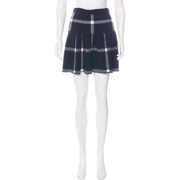 Pre-owned Alice + Olivia Plaid Mini Skirt ($70) ❤ liked on Polyvore featuring skirts, mini skirts, black, tartan mini skirt, flared mini skirt, flared skirt, mini skirt and tartan skirt