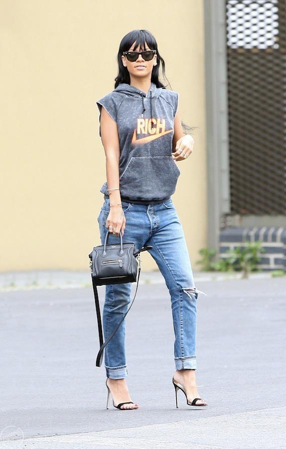 #rihanna #sleeveless #hoodie #boyfriend #jeans #heels #style #fashion #outfit | Outfits ...