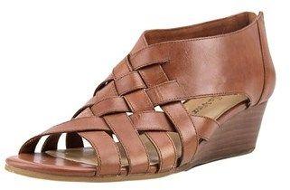 Bella Vita Isabelle W Open Toe Leather Wedge Sandal.