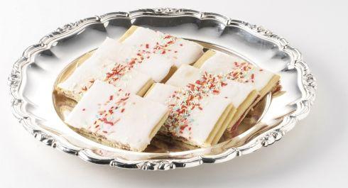 Det er faktisk ret nemt at bage hindbærsnitter, og de smager jo godt ;)