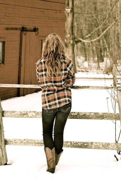 flannel & boots <3