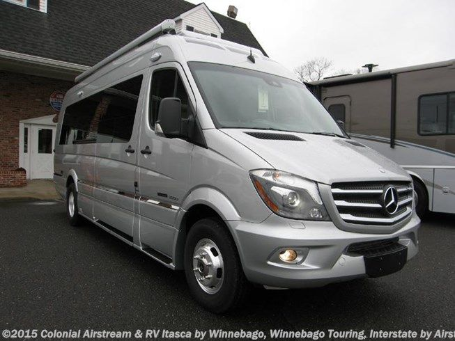 17 best ideas about mercedes sprinter for sale on pinterest custom vans for sale sprinter van. Black Bedroom Furniture Sets. Home Design Ideas