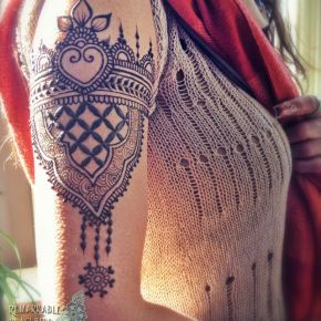Henna by Remarkable Blackbird - Beauty Ideaz----it maybe henna, but it would make a beautiful tattoo.