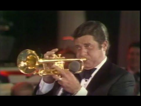 Jerry Lewis and Harry James Play Horns (1975) - MDA Telethon - YouTube