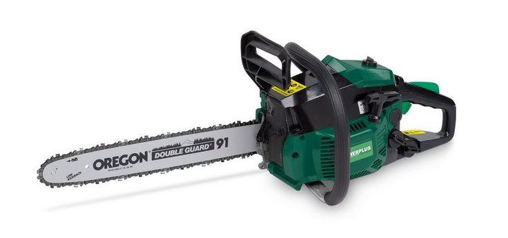 Die Benzin-Kettensäge mit ihrem 2- Takt-Motor ist sehr handlich und ideal für Schneidarbeiten im Garten und zur Brennholzgewinnung.