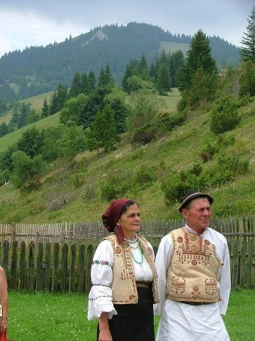 Hungarian folk wear From Gyimes.