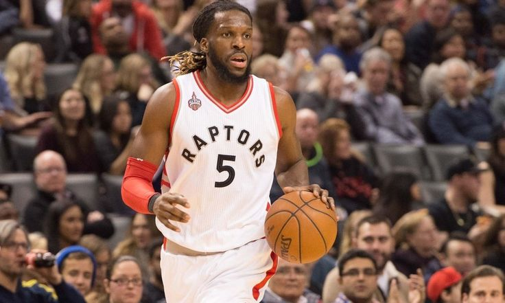 DeMarre Carroll Undergoes Arthroscopic Knee Surgery = Toronto Raptors forward DeMarre Carroll underwent arthroscopic surgery on his right knee, the team announced Wednesday morning. There's currently no timetable for his return.....