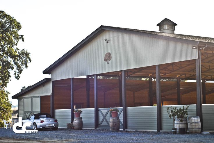 horse barns horse barn designs and indoor arena on pinterest