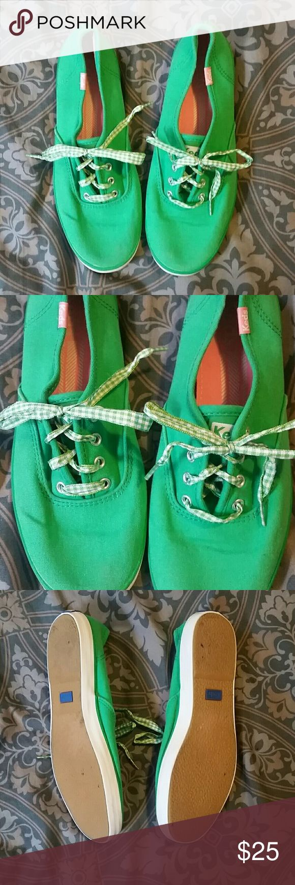 Keds These are a pair of green keds sneakers with a adorable gingham shoe lace they are in good used condition and very comfortable Keds Shoes Sneakers