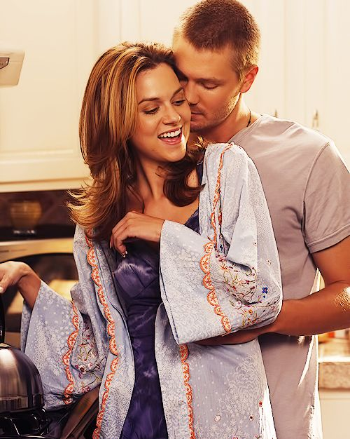 Hilarie Burton (Peyton Sawyer-Scott) & Chad Michael Murray (Lucas Scott) - One Tree Hill