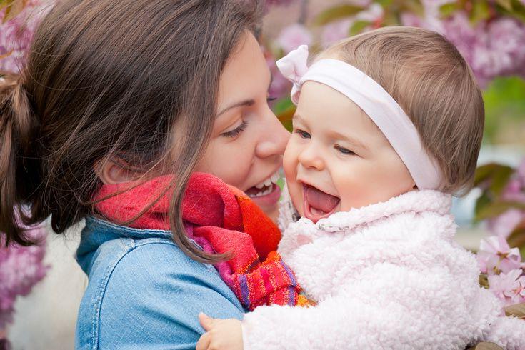 Ser madrina es amar incondicionalmente a un ser generado dentro de tu corazón. Es recibir la confianza de una madre para cuidar de su hijo como si fuera el propio. Es ser tan especial como para rec…