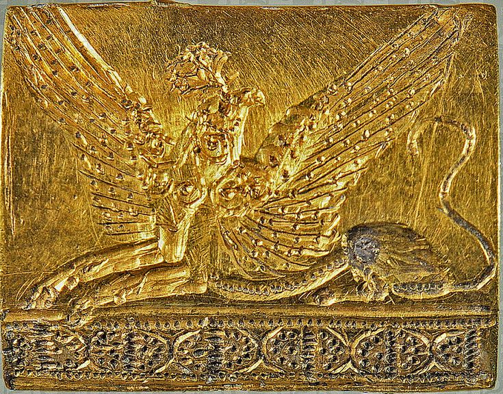 Minoan griffin - gold seal from Pylos [1500-1400]