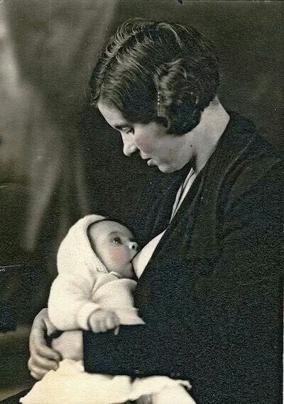 1920 Breastfeeding picture