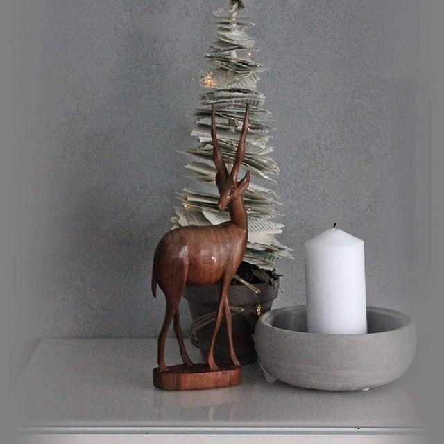 Eilinen kirppispäivä #peura#joulukoriste#joulu akirja#paperikuusi#joul