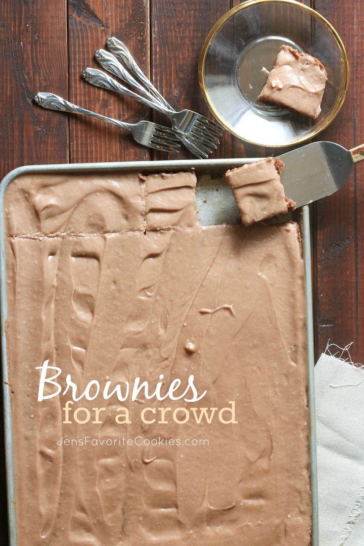 Brownies for a Crowd!  Big batch brownies in a sheet pan from Jen's Favorite Cookies