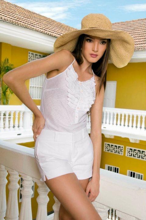 Blanco en The Color Wear