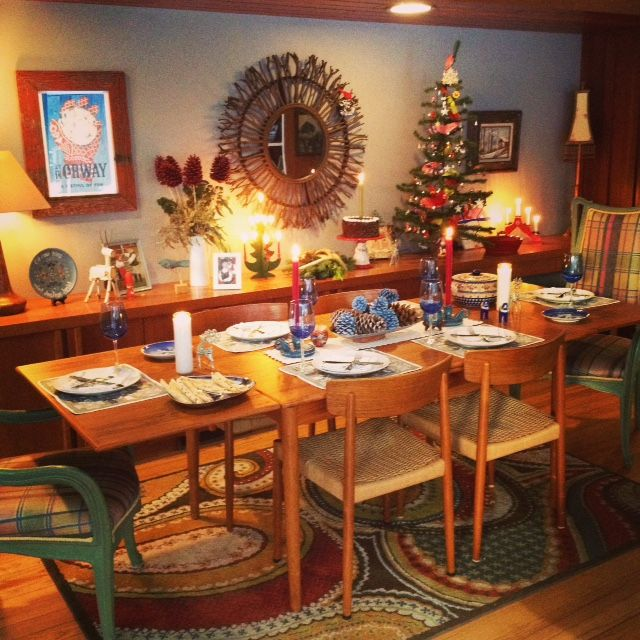 Wrapped up a photo shoot for South Lake Magazine.  I decorated a Norwegian Christmas table at my home....so pretty!
