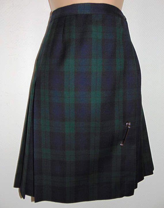 Laura Ashley vintage black watch tartan wool pleated wrapped kilt/ skirt, size 12 UK