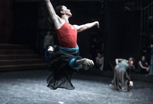 Natalia Osipova and Leonid Sarafanov rehearsing Nacho Duato's Romeo and Juliet  Photos: Nikolay Krusser