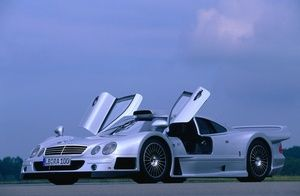 Mercedes-Benz CLK-GTR - Only 25 of these Mercedes were ever produced