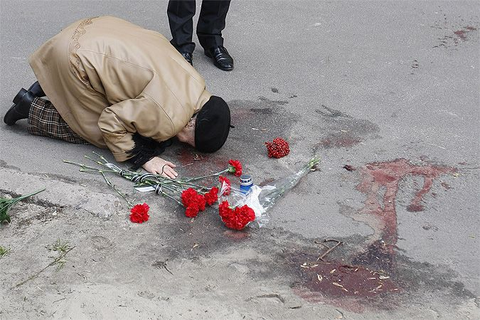 The writer's mother, Valentina  Buzina, on the site of the murder of his son. Photo: GLOBAL LOOK PRESS