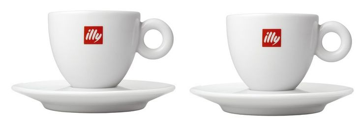 Illy 2 Lungo Kopjes Porselein  Illy 2 Espressokopjes Porselein: Twee klassieke espressokopjes voor de ultieme koffie-ervaring Deze twee Illy Espressokopjes met het logo van Illy laten je espresso's het best tot hun recht komen. Sinds kunstenaar Matteo Thun in 1990 het klassieke logoporselein ontwierp is het bekende Illy espressokopje uitgegroeid tot een internationaal fenomeen. We herkennen het klassieke Illy espressokopje van porselein inmiddels aan het logo én aan de vorm. Zo staat het…
