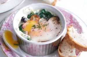 250 calories/21g fat per portionNothing beats breakfast for dinner! These creamy, rich eggs are served with iron-rich spinach leaves and soft mushrooms. The light, cream sauce makes this dish one to remember.Get the recipe: Baked eggs with spinach and mushrooms