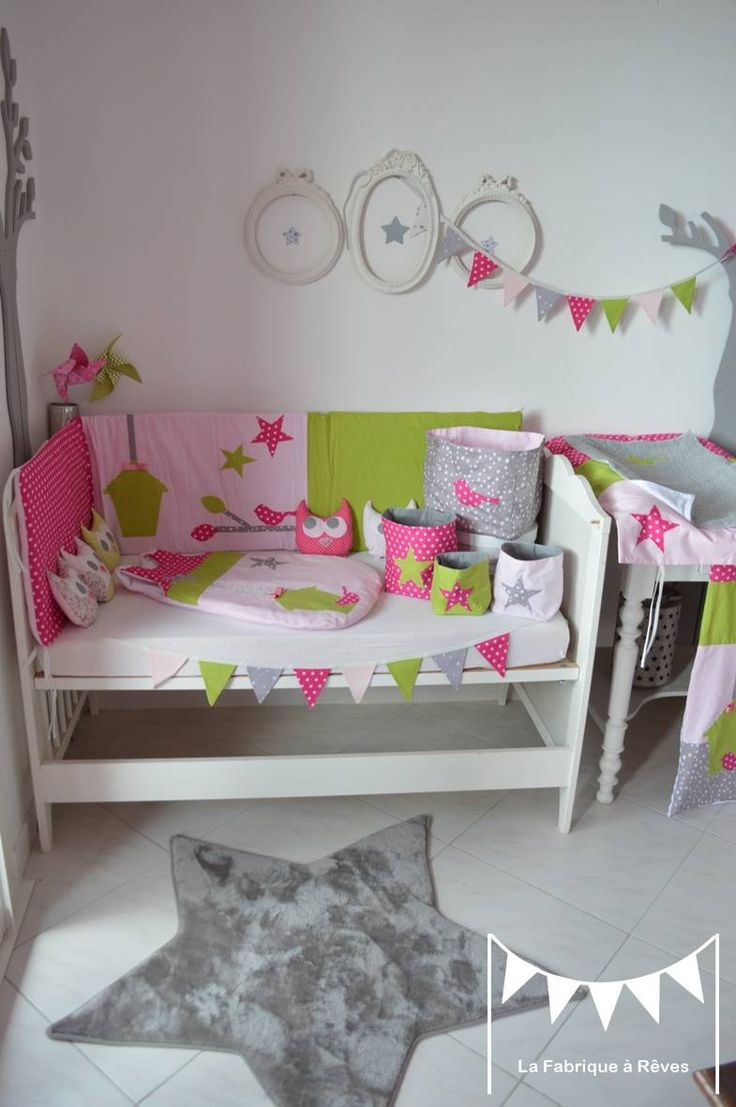 20 best images about couture bebe tour de lit on pinterest circle garland owl bedding and taupe. Black Bedroom Furniture Sets. Home Design Ideas
