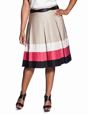 Beautiful colorblock hemline skirt.