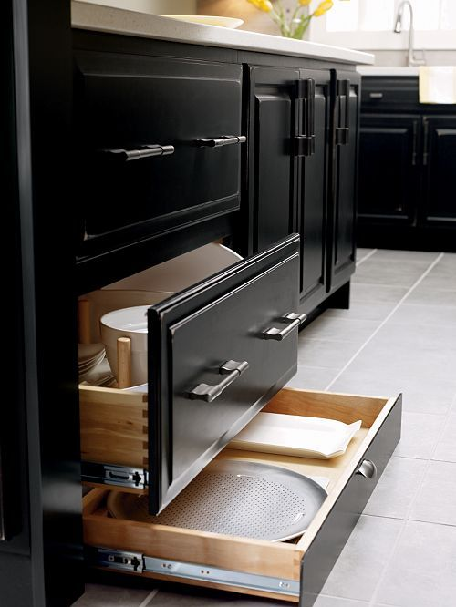 Full height base drawer with toe kick