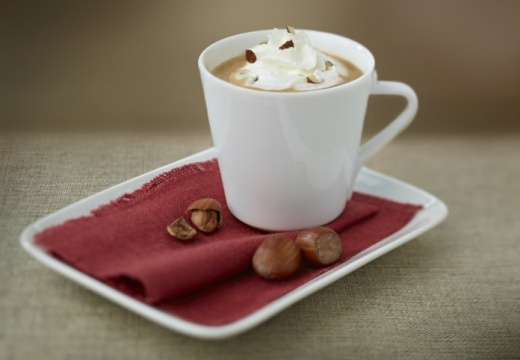 Chiboust coffee cream with chopped hazelnuts - Nespresso Ultimate kaffe- oppskrifter