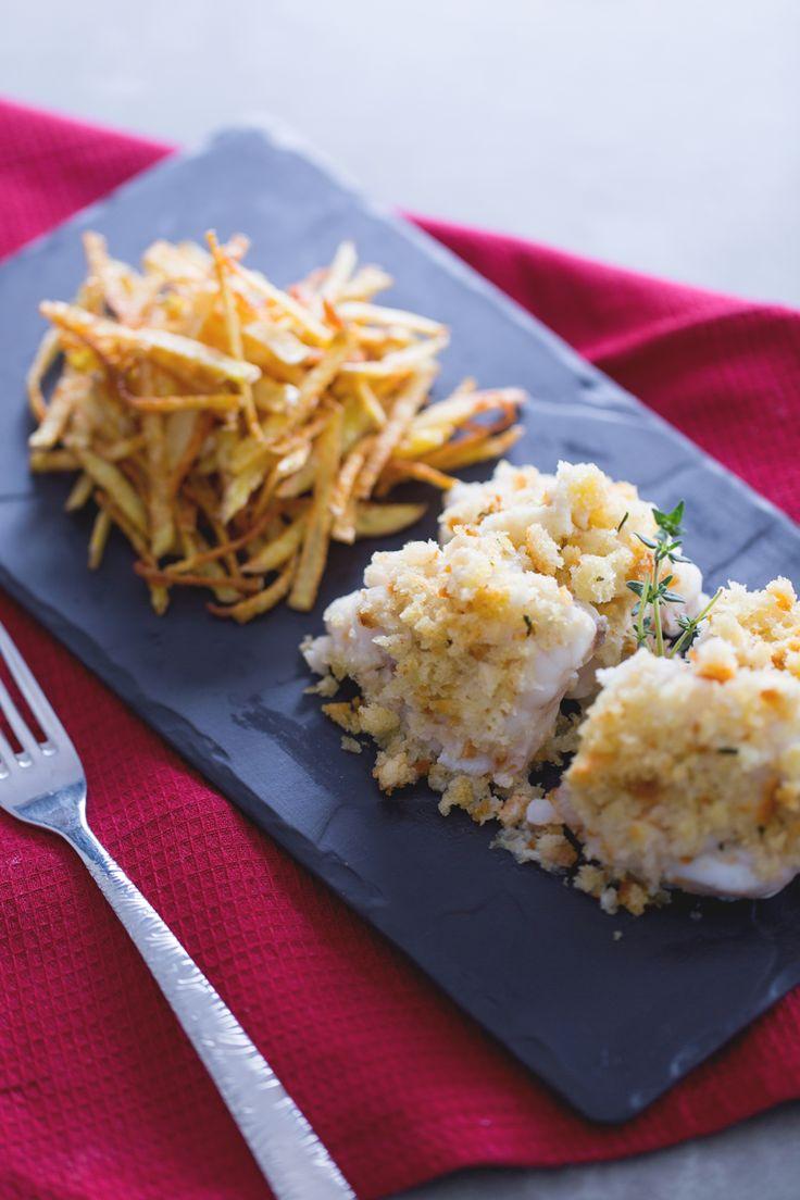 Scoprite come preparare un secondo di #pesce raffinato con un irresistibile contorno di #patatine fritte senza il minimo sforzo: #coda di #rospo con patate! ( #monkfish with #fries ) #Giallozafferano #recipe #ricetta #fish #seafood
